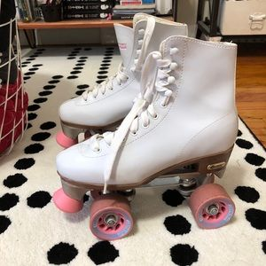 chicago Shoes - Vintage Chicago Rollerskates